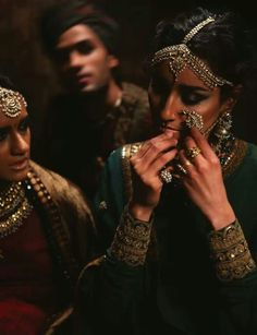 Indian traditional jewellery by Sabyasachi mukherjee