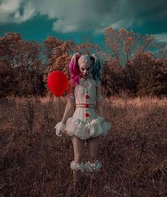 Star Wars Art Discover Pennywise / Harley Quinn by Couple Halloween Costumes, Halloween Cosplay, Cosplay Costumes, Halloween 2019, Halloween Party, Halloween Horror, Joker Y Harley Quinn, Harley Quinn Cosplay, Photo Oeil