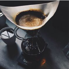 Handcrafted coffee #pourover #chemex