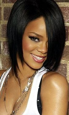 RiHaNNa.... AlWaYs FaB HaiR!!