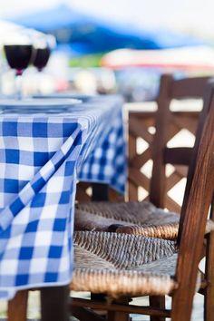 Outdoor Chairs, Outdoor Furniture, Outdoor Decor, Cyprus Greece, Samos Greece, Greek Restaurants, Square Tables, Mediterranean Style, Greek Islands
