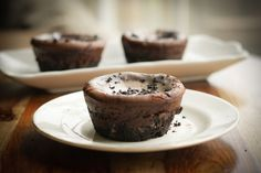 Chocolate Almond Mini Cheesecakes!!  Click for decadent recipe: http://www.rodellekitchen.com/our-recipes/rodelle-chocolate-almond-mini-cheesecakes