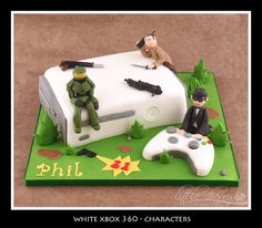 xbox 360, halo, call of duty and avatar man cake