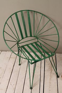 Mid Century Indian Industrial Green Hand Restored Rusty Round Metal Hairpin Leg Outdoor Lawn Chair