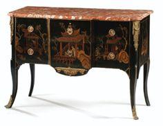 Commode en vernis parisien d'époque Louis XV, vers 1760-1770 - Sotheby's