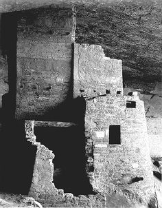 Mesa Verde Cliff Palace  http://de.wikipedia.org/wiki/Ansel_Adams
