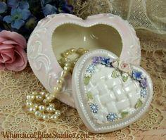 Whimsical Bliss Studios - Puff Heart Box