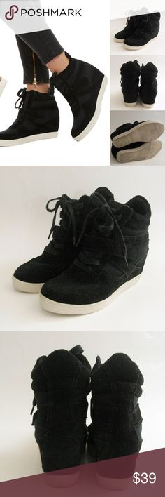 Steve Madden Olympiaa Wedge Sneakers STEVE MADDEN Olympiaa Wedge Sneakers. Size 7. Very good condition. Worn a few times. Bottom soles has wear from normal use. This shoes has been cleaned and disinfected before listed. Please see photos for details. ⚜❌SWAP❌TRADE ⚜✔️❤️Bundles ⚜✔️Clean/Smoke-free/pet-free home Steve Madden Shoes Sneakers