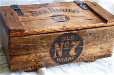 Vintage caja de madera Jack Daniel impreso por artinbosc en Etsy