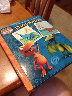 Dinosaur Train: Dinosaurs A to Z Book