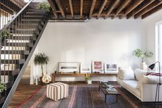 Townhouse by Elizabeth Roberts | Remodelista