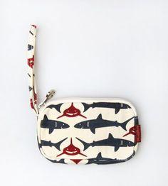 Bungalow360 Shark Clutch ♥