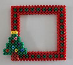 DIY Christmas frame hama beads by Mamma Gioca