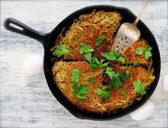 fried pesto spaghetti pie! :) -