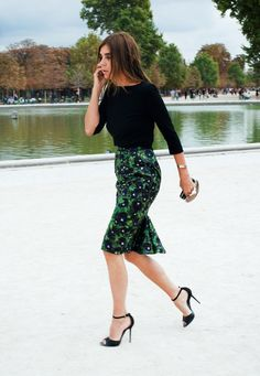 love the printed pencil skirt