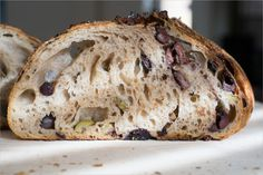 The rich and decadent Tartine olive sourdough bread is inredible. Let's make this simple sourdough bread and trust me, you'll keep on making it. Sourdough Bread Starter, Sourdough Recipes, Banana Bread Recipes, Cooking Bread, Cooking Recipes, Olives, Foccacia Recipe, Ma Baker, Kitchen