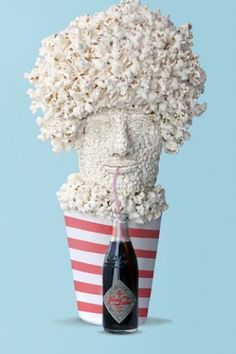 Popcorn Movie-Watcher Artist: Dan Cretu A piece that creates meaning through whimsical self-reference, this sculpture of an avid movie-goer is made mainly of a beloved movie theater snack — popcorn. Edible Food, Edible Art, Everyday Objects, Everyday Food, Food Design, Set Design, Design Art, Cute Food, Good Food