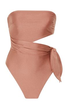 The 'Freja' swimsuit from the coveted label, Zimmermann, showcases the vintage-inspired tones through each collection. Designed with a draped wrap cut-out waist tie, it'll look sophisticated complemented by oversized sun hats and retro sunglasses. Strapless Swimsuit, Plunging One Piece Swimsuit, One Piece Bikini, Cute Swimsuits, Women Swimsuits, Mode Du Bikini, Beachwear For Women, Retro Sunglasses, Plus Size Swimwear