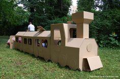Cardboard-trane ¡¡Yo quiero hacer uno de estos!!