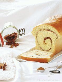 En este caso, se trata de un tipo de pan dulce, un pan de canela y pasas que hará las delicias de vuestros desayunos y meriendas..