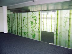 printed on glass  | Durst demonstrated its glass printing process at Glasstec