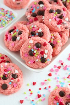 Strawberry Cake Mix Cookies uploaded by Phantomdiva Strawberry Cake Mix Cookies, Pink Cookies, Sprinkle Cookies, Cake Cookies, Cake Mix Cookie Recipes, Cake Recipes, Pink Desserts, Kinds Of Cookies, Box Cake Mix