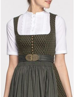 Dirndl in fir green from Gottseidank Best Picture For Women's Style edgy For Your Taste You are looking for something, New Fashion, Winter Fashion, Womens Fashion, Oversize Mantel, Green Vest, Fashion Portfolio, Vintage Style Outfits, Nice Dresses, Couture