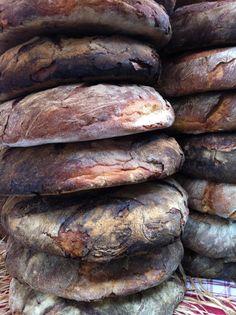 Pane di Altamura     (Semolina Sourdough).    No recipe for this pic but you can try this one here http://www.stirthepots.com/pane-di-altamura/