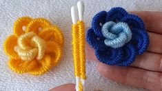 Crochet Flower Tutorial, Crochet Flower Patterns, Crochet Stitches Patterns, Baby Knitting Patterns, Macrame Patterns, Easy Crochet, Crochet Flowers, Hand Embroidery Videos, Hand Embroidery Patterns