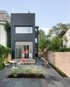 Contrast House is situated on a corner lot in a dense neighborhood of Toronto, Ontario, Canada, designed by Dubbeldam Architecture + Design. The intent of the remaking of this narrow residence was two-fold: to Residential Architecture, Architecture Design, Architecture Interiors, Compact House, Compact Living, Victorian Terrace, Small Buildings, Small House Plans, Prefab