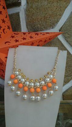 Collar de Perla sintética con caucho