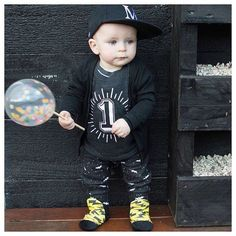 Flashback to Mack's 1st birthday. We have worn the @whistleandflute typography tee for his 1st and 2nd birthday and soon this tee will be worn again by Oakley in less than three months! How quick has this last year gone! Shop the birthday tees: www.minimacko.com.au