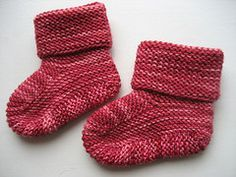 Ravelry: Stay-on baby booties (archive) pattern by Knitgirl's Mother