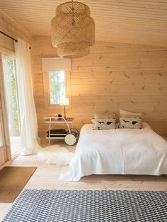 Good for kid's room Two Bedroom Tiny House, Tiny House Cabin, Cozy House, Cabin Design, House Design, Beachy Room, Plywood Interior, Modern Log Cabins, Cottage Interiors