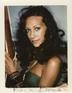 Marisa Berenson by Andy Warhol - her sister Berry died in the first airplane. Anthony Perkins, Elsa Schiaparelli, 70s Films, Pop Art, Star Actress, Boho Girl, International Style, Vintage Glamour, Vintage 70s