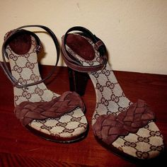 398235280 Gucci Wooden Sandal High Heel Brown Braided Signature Womens 8 M 156917 MSP   895  Gucci  AnkleStrap