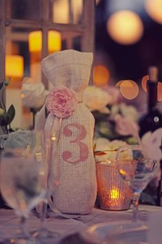 Burlap wedding decor ideas Again with the wine and the table numbers Diy Wedding, Rustic Wedding, Wedding Reception, Wedding Photos, Wedding Ideas, Table Wedding, Wedding Inspiration, Wedding Favors, Wedding Souvenir