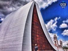 Te presentamos la selección del día: <<ARQUITECTURA>> en Caracas Entre Calles. ============================  F E L I C I D A D E S  >> @franyerln << Visita su galeria ============================ SELECCIÓN @ginamoca TAG #CCS_EntreCalles ================ Team: @ginamoca @huguito @luisrhostos @mahenriquezm @teresitacc @marianaj19 @floriannabd ================ #arquitectura #mausoleo #panteon #Caracas #Venezuela #Increibleccs #Instavenezuela #Gf_Venezuela #GaleriaVzla #Ig_GranCaracas…