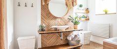Wood Floor Bathroom, Bathroom Furniture, Bathroom Interior, Small Bathroom, Accent Furniture, Cheap Bathroom Makeover, Cheap Bathroom Remodel, Cheap Bathrooms, Bathroom Layout