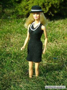 Háčkování pro Barbie: Malé černé