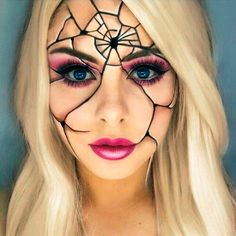Are you looking for ideas for your Halloween make-up? Browse around this site for creepy Halloween makeup looks. Creepy Halloween Makeup, Amazing Halloween Makeup, Halloween Makeup Looks, Halloween Halloween, Vintage Halloween, Amazing Makeup, Halloween Desserts, Halloween Makeup Glitter, Creepy Doll Makeup