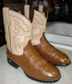 577c02deea5 7 Awesome kids western boots images | Kids western boots, Cowboy ...