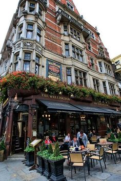 Wellington Pub Theater District ~London England