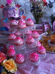 Fancy Nancy Cupcakes by Tracy W