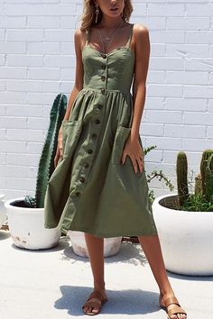 Awesome Spring Outfits To Wear Now, Spring Outfits, gray spaghetti strap dress. Mode Outfits, Dress Outfits, Fashion Outfits, Dress Fashion, Gray Outfits, Cheap Fashion, Fashion Women, Hippie Dresses, Boho Dress