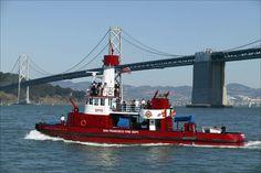 san francisco fire department | San Francisco Fire Department's Guardian Fireboat No. 2 under the Bay ...