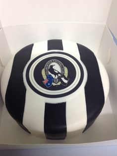Collingwood cake Collingwood Football Club, Wood Cake, Birthday Cakes, Birthday Ideas, Happy Birthday, Amazing Cakes, Party Supplies, Cake Decorating, Guilt Free