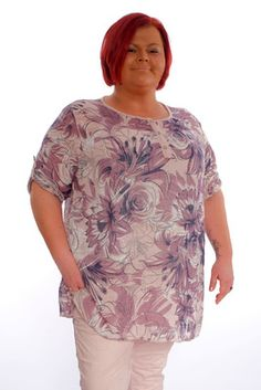 Blusa de talla unica con estampado floral,con esta blusa iras guapísima a cualquier sitio. One size fits all blouse with floral print, with this blouse you will go beautiful anywhere. Planer, One Size Fits All, How To Become, Floral Prints, Tunic Tops, Blouse, Fitness, Minden, Theater