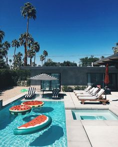 Calm before the storm at the @revolve house