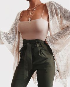 beautiful summer outfits Find the most beautiful outfits for your . - beautiful summer outfits Find the most beautiful outfits for your summer look. Cute Casual Outfits, Cute Summer Outfits, Stylish Outfits, Spring Outfits, Green Outfits, Outfit Summer, Casual Summer, Black Outfits, Style Summer